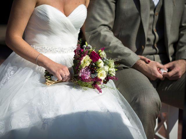 La boda de Orkatz y Isa en Hondarribia, Guipúzcoa 42