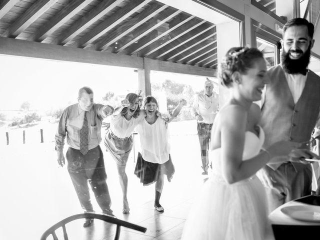 La boda de Orkatz y Isa en Hondarribia, Guipúzcoa 54
