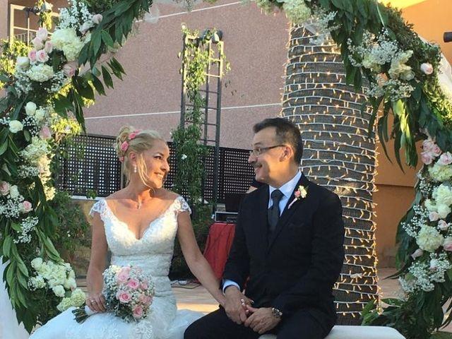 La boda de Javi y Inma en Orihuela, Alicante 5