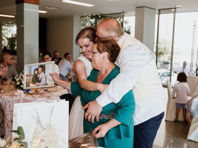 La boda de Epi y Luisa en Don Benito, Badajoz 17