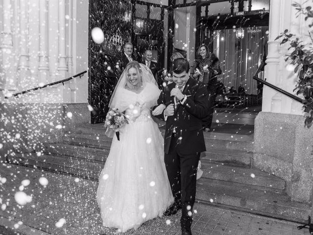 La boda de Alberto y María en Madrid, Madrid 36
