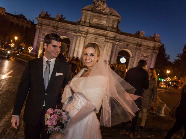 La boda de Alberto y María en Madrid, Madrid 40
