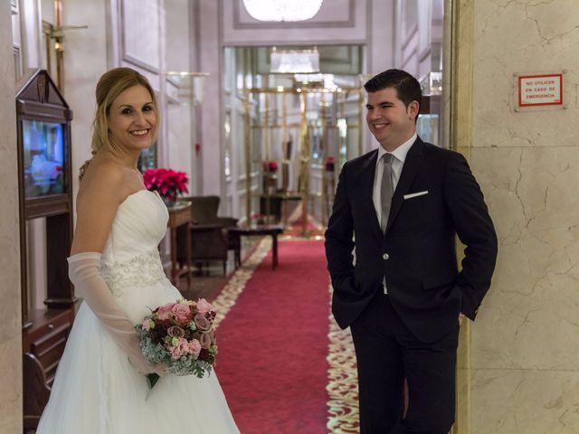 La boda de Alberto y María en Madrid, Madrid 42