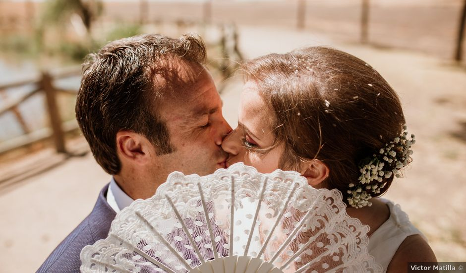 La boda de Epi y Luisa en Don Benito, Badajoz