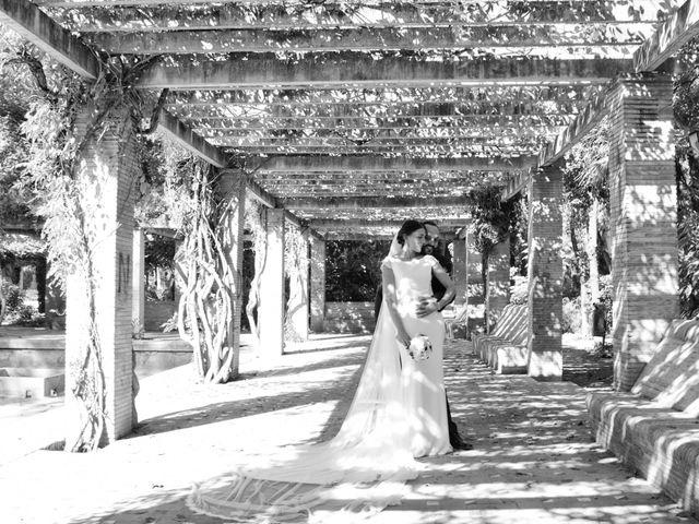 La boda de Carlos y Reyes en Sevilla, Sevilla 14