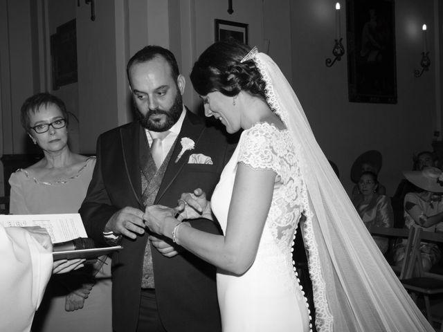 La boda de Carlos y Reyes en Sevilla, Sevilla 21