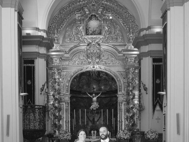 La boda de Carlos y Reyes en Sevilla, Sevilla 23