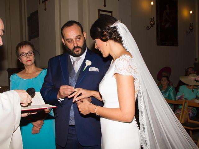 La boda de Carlos y Reyes en Sevilla, Sevilla 41