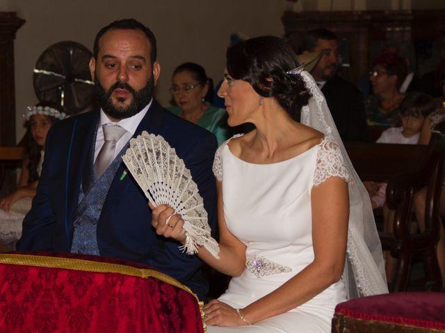 La boda de Carlos y Reyes en Sevilla, Sevilla 44