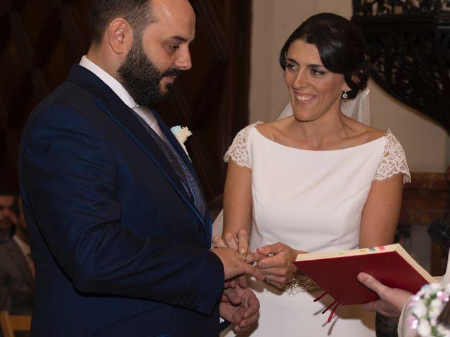 La boda de Carlos y Reyes en Sevilla, Sevilla 47