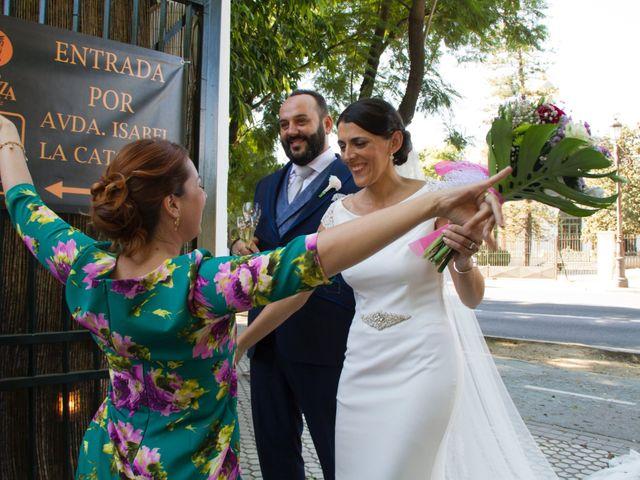 La boda de Carlos y Reyes en Sevilla, Sevilla 60