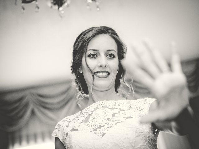 La boda de Javi y Cris en Olias Del Rey, Toledo 13