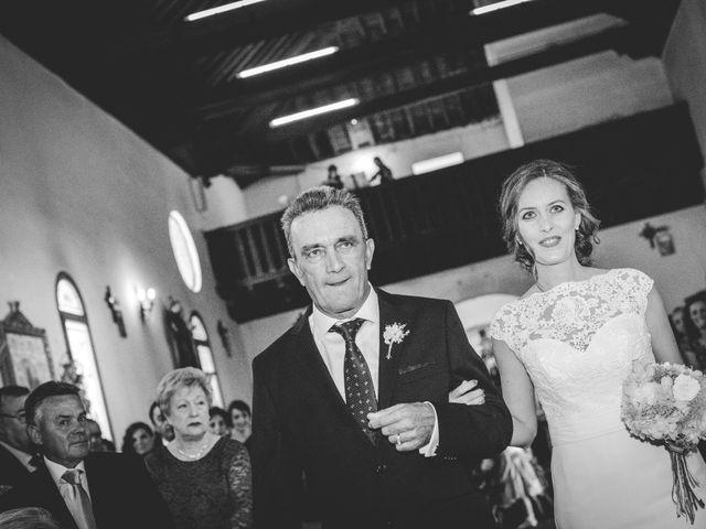 La boda de Javi y Cris en Olias Del Rey, Toledo 21