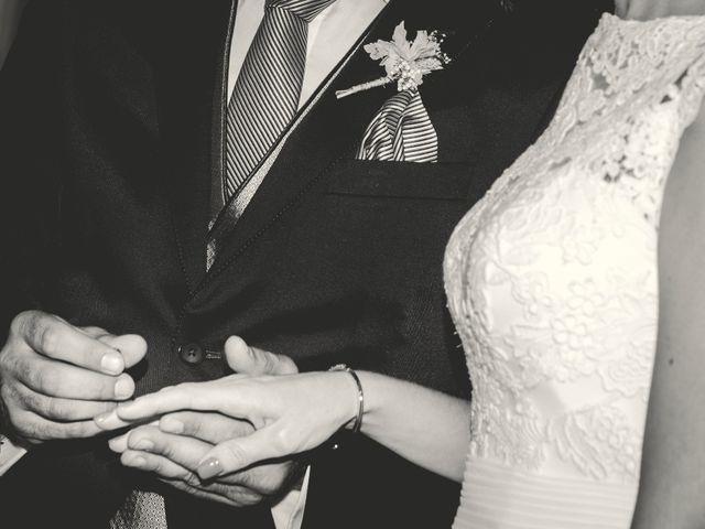 La boda de Javi y Cris en Olias Del Rey, Toledo 23