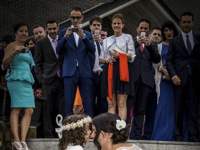 La boda de Elena y Roberto en Mogro, Cantabria 9