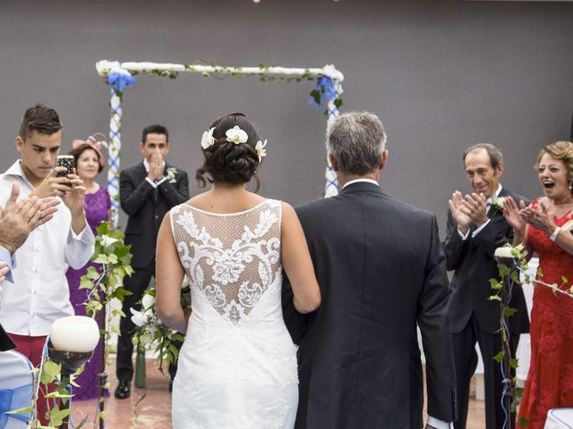 La boda de Elena y Roberto en Mogro, Cantabria 11