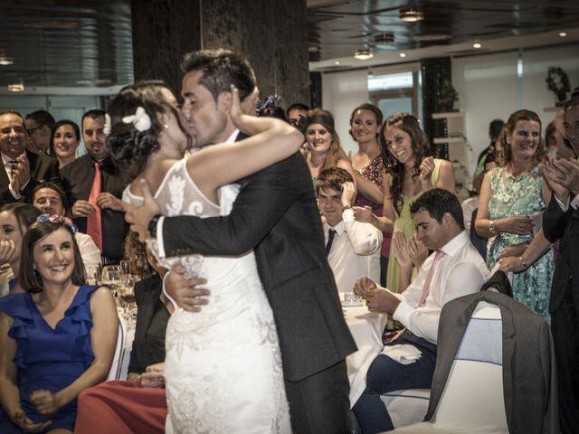 La boda de Elena y Roberto en Mogro, Cantabria 22