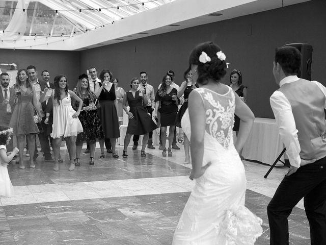 La boda de Elena y Roberto en Mogro, Cantabria 23