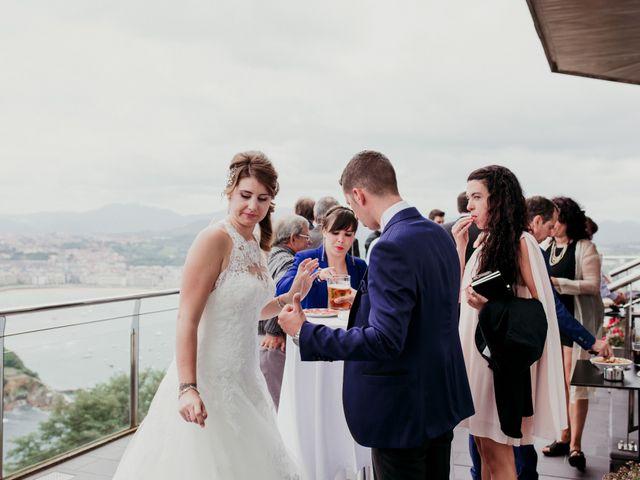 La boda de Pablo y Lucía en Donostia-San Sebastián, Guipúzcoa 232