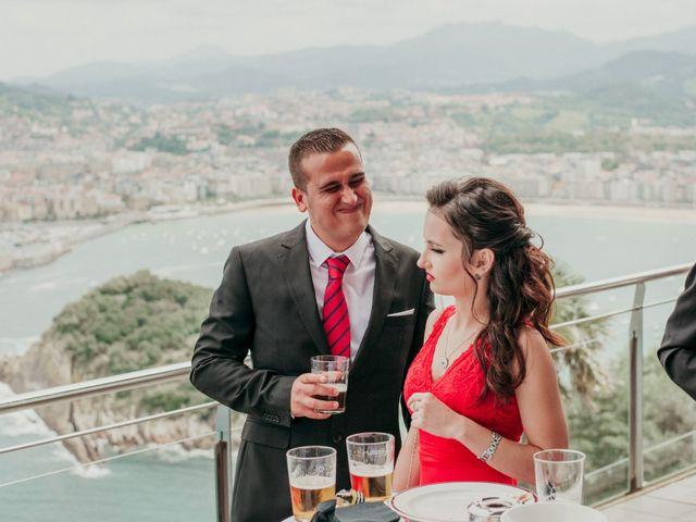 La boda de Pablo y Lucía en Donostia-San Sebastián, Guipúzcoa 266