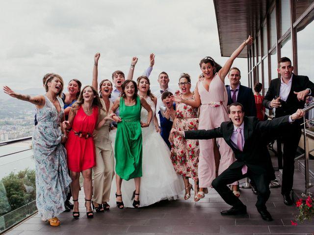 La boda de Pablo y Lucía en Donostia-San Sebastián, Guipúzcoa 274