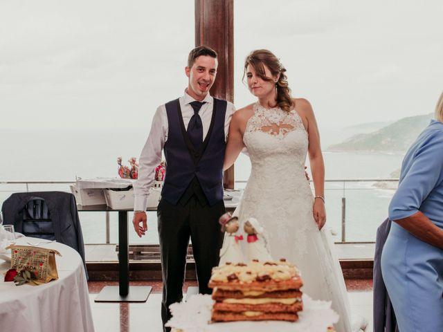 La boda de Pablo y Lucía en Donostia-San Sebastián, Guipúzcoa 323
