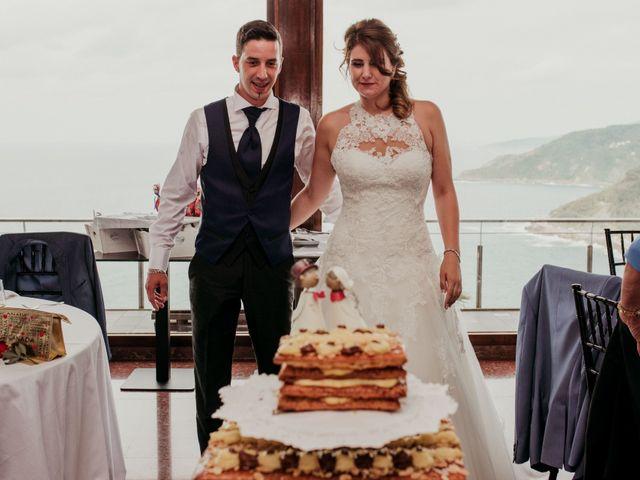 La boda de Pablo y Lucía en Donostia-San Sebastián, Guipúzcoa 324
