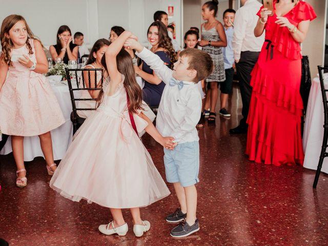 La boda de Pablo y Lucía en Donostia-San Sebastián, Guipúzcoa 337