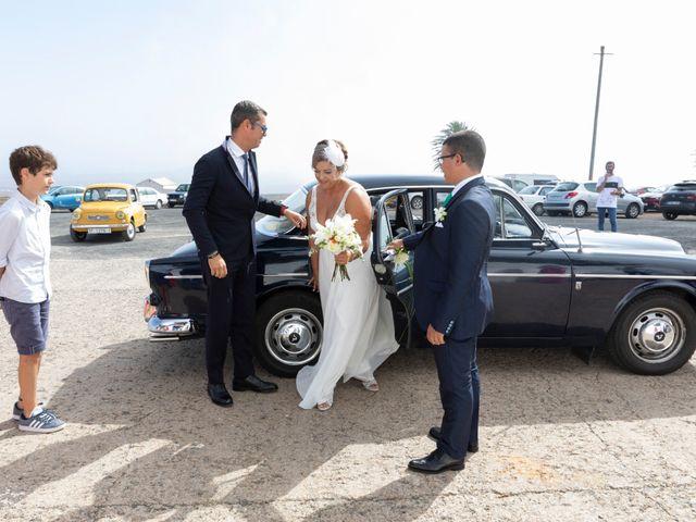 La boda de Ángel y Lucy en San Bartolomé, Las Palmas 4