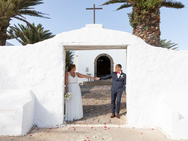La boda de Ángel y Lucy en San Bartolomé, Las Palmas 11