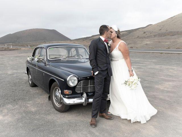 La boda de Ángel y Lucy en San Bartolomé, Las Palmas 17