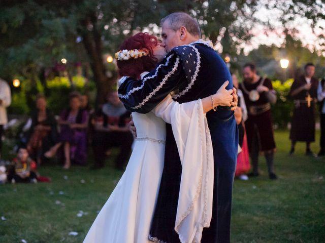 La boda de Pachu y Marta en Navaluenga, Ávila 32