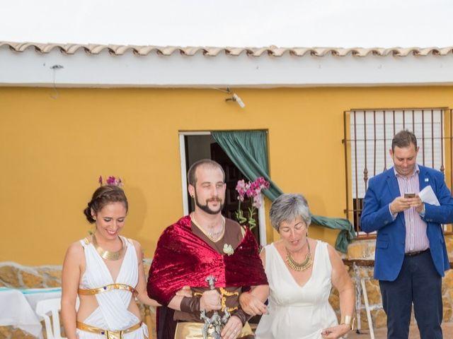 La boda de Cristian  y Laura en Jun, Granada 13