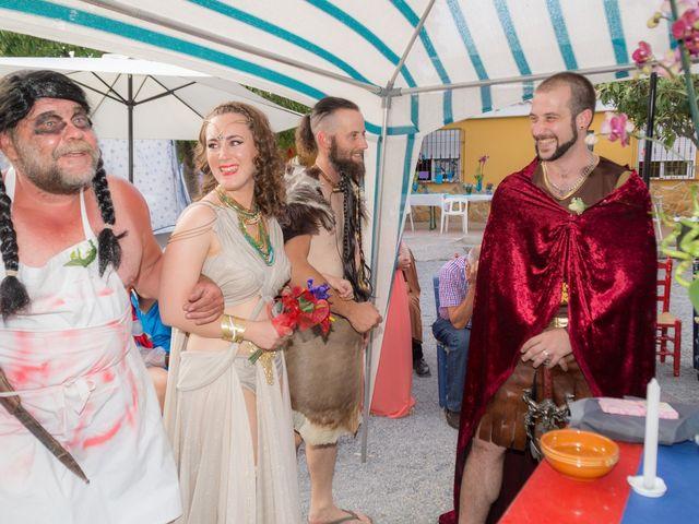 La boda de Cristian  y Laura en Jun, Granada 16