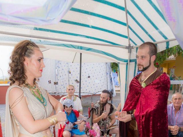 La boda de Cristian  y Laura en Jun, Granada 17
