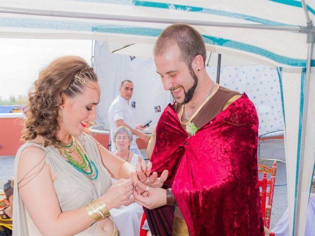 La boda de Cristian  y Laura en Jun, Granada 27