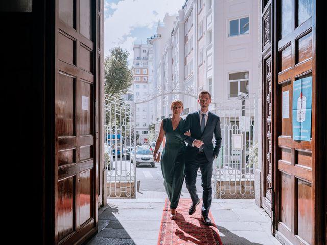 La boda de Karina y Alberto en Madrid, Madrid 7