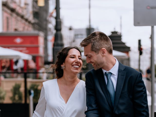 La boda de Karina y Alberto en Madrid, Madrid 12