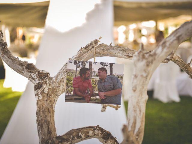 La boda de Mariano y Alex en Mutxamel, Alicante 18