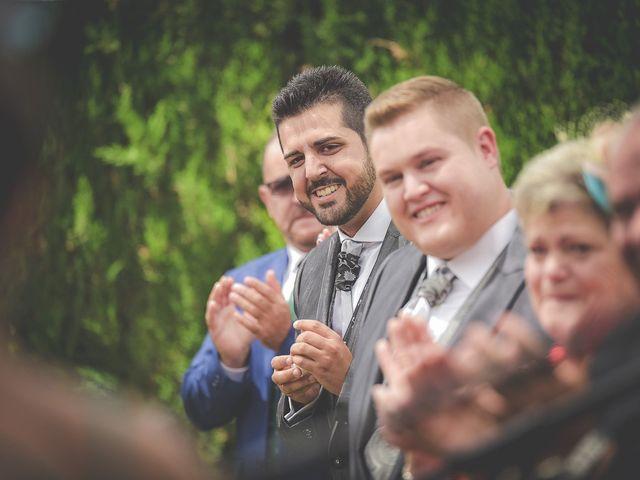 La boda de Mariano y Alex en Mutxamel, Alicante 27