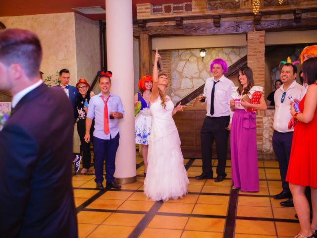 La boda de Eloy y Nuria en Arroyo De La Encomienda, Valladolid 26