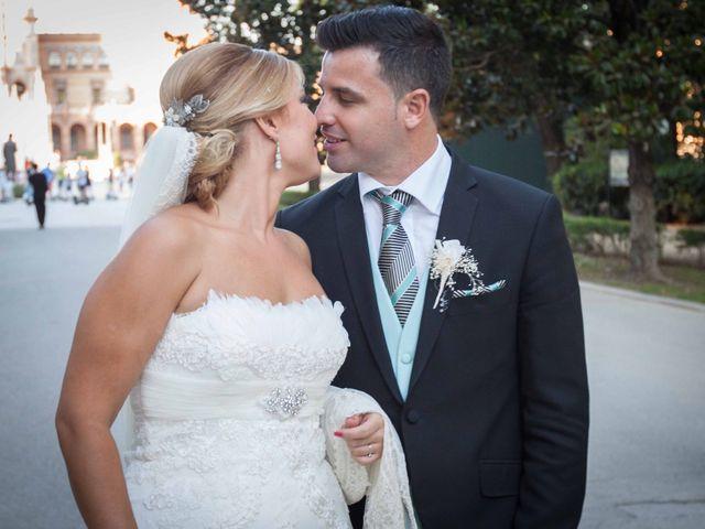 La boda de Roberto y María José en Sanlucar La Mayor, Sevilla 20