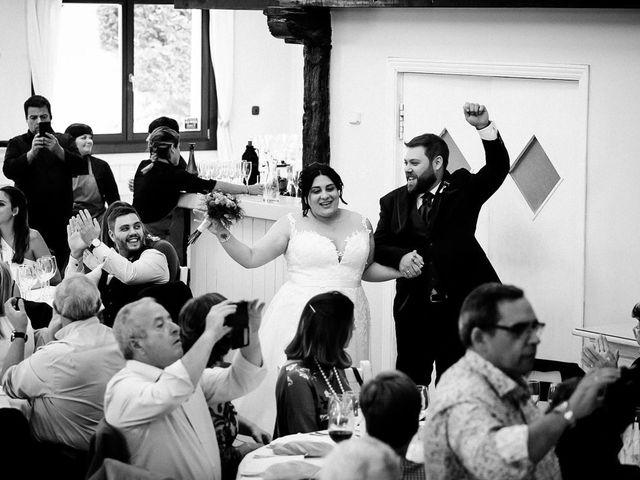 La boda de Raúl  y Izaskun  en Donostia-San Sebastián, Guipúzcoa 19