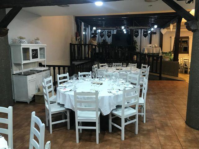 La boda de Raúl  y Izaskun  en Donostia-San Sebastián, Guipúzcoa 24