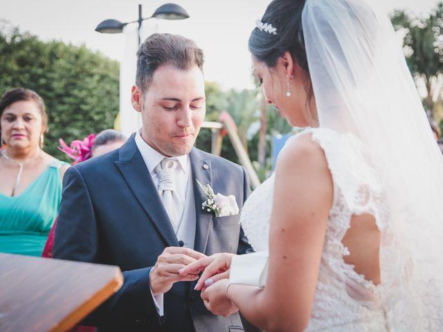 La boda de Raul y Cynthia en Los Barrios, Cádiz 23