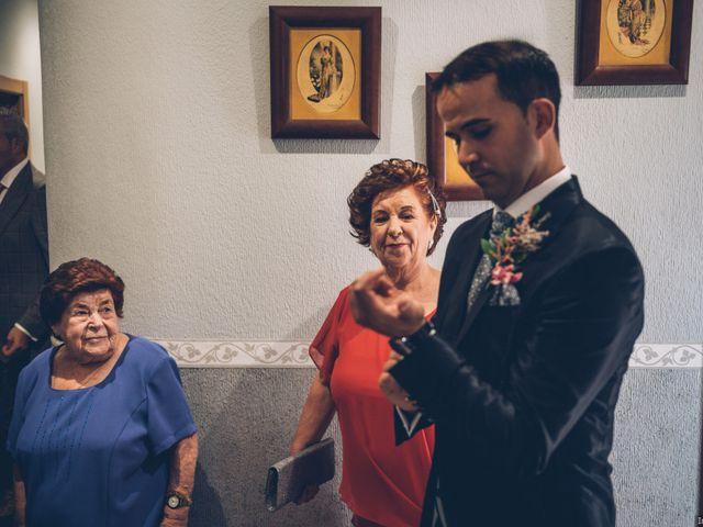 La boda de Jose Enrique y Olga en Villagarcia Del Llano, Cuenca 7