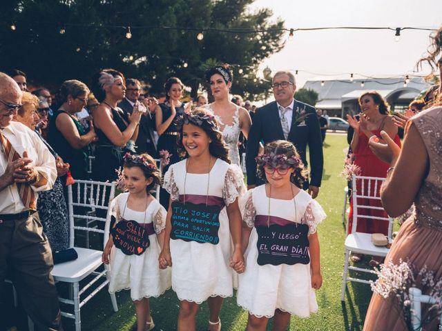 La boda de Jose Enrique y Olga en Villagarcia Del Llano, Cuenca 21