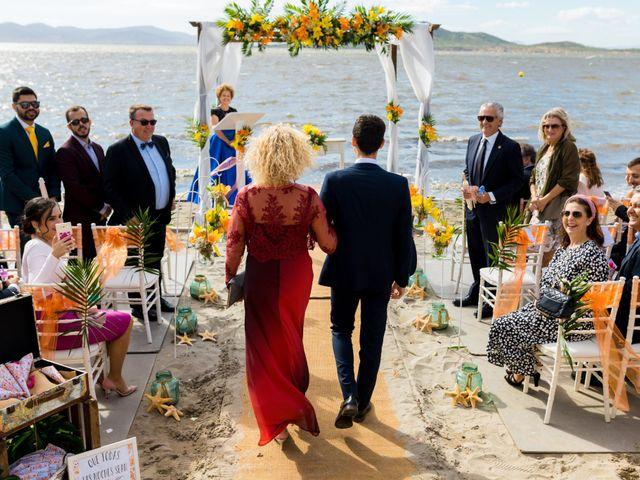 La boda de Marta y Ivan en La Manga Del Mar Menor, Murcia 92