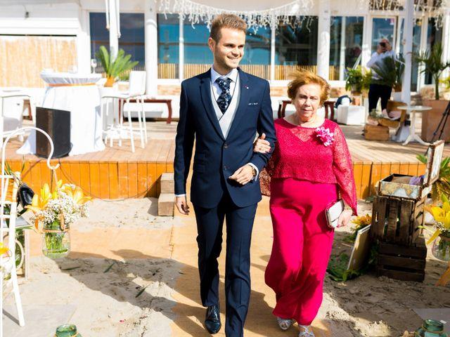 La boda de Marta y Ivan en La Manga Del Mar Menor, Murcia 98