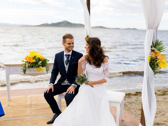 La boda de Marta y Ivan en La Manga Del Mar Menor, Murcia 129